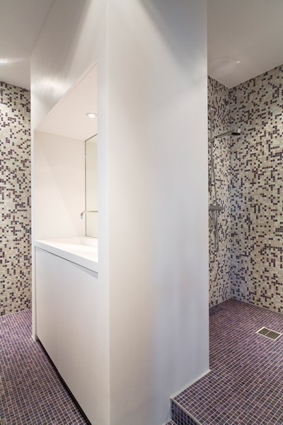 Badkamer laten plaatsen opnieuw betegelen badkamer en toilet - Opnieuw zijn toilet ...